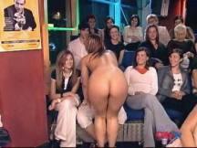 fapmosas_daniela_blume_striptease02